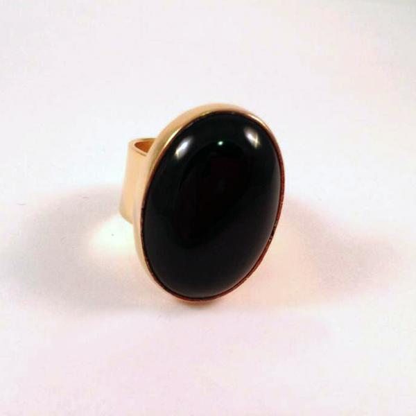 Maxi anillo con ónix engastado